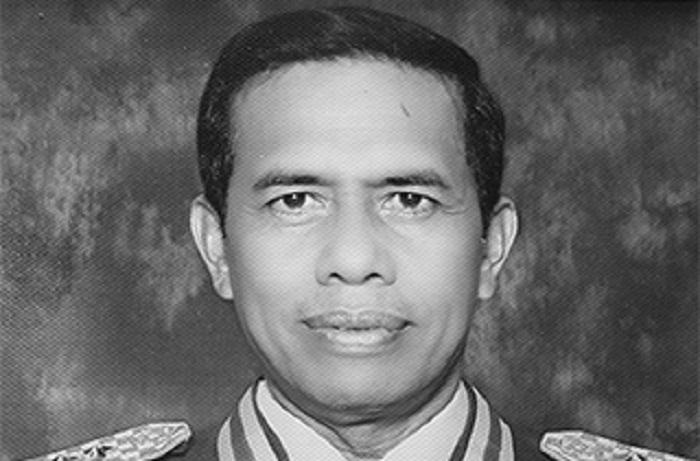 Letnan-Jenderal-TNI-Purn-Syarifudin-Tippe