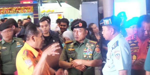 Panglima TNI: Kami akan Kerja Keras Bantu SAR AirAsia