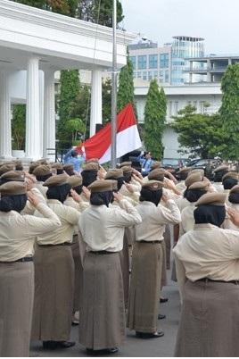 pengibaran-bendera-fitur-img