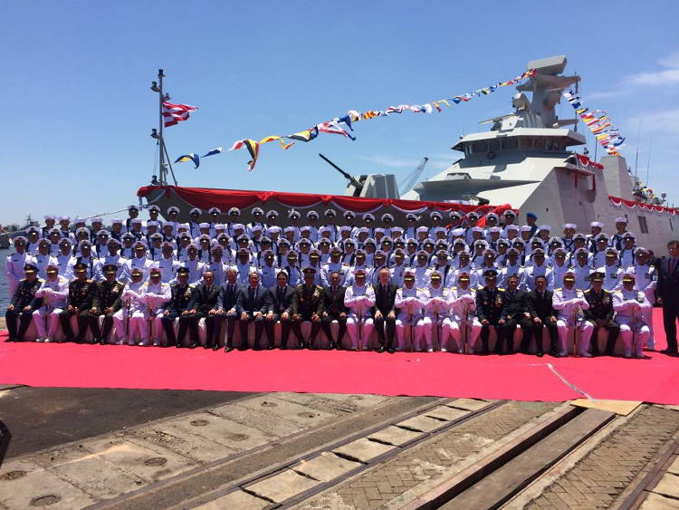 Foto bersama Serah terima Kapal PKR2